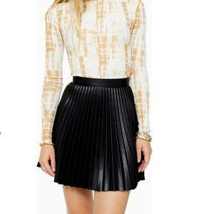 Topshop Pleated Faux Leather Miniskirt Black NWT